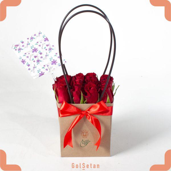 باکس گل رز قرمز دستهدار