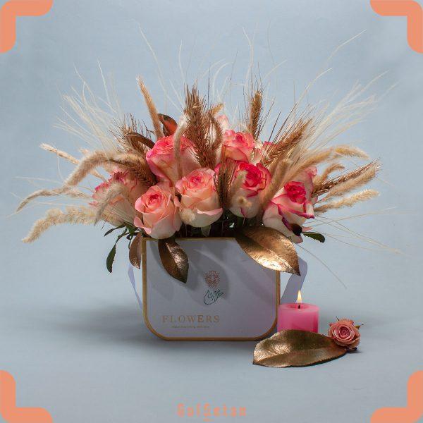 باکس گل رز لب ماتیکی با گلهای خشک