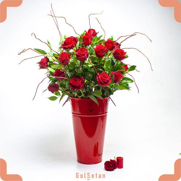 کاپ گل رز قرمز بلند