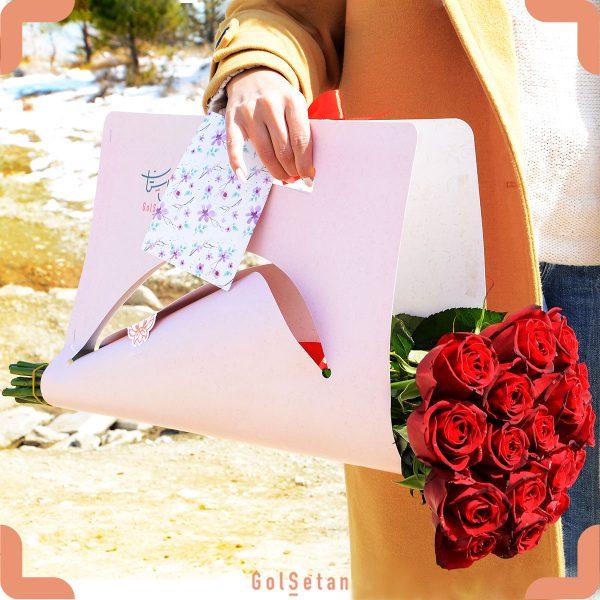 بسته گل رز قرمز
