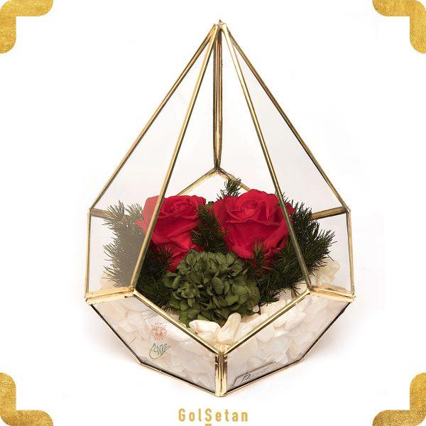 باکس رز جاودان با دو گل قرمز زیبا