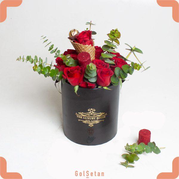 باکس گل رز و شکلات آرشین