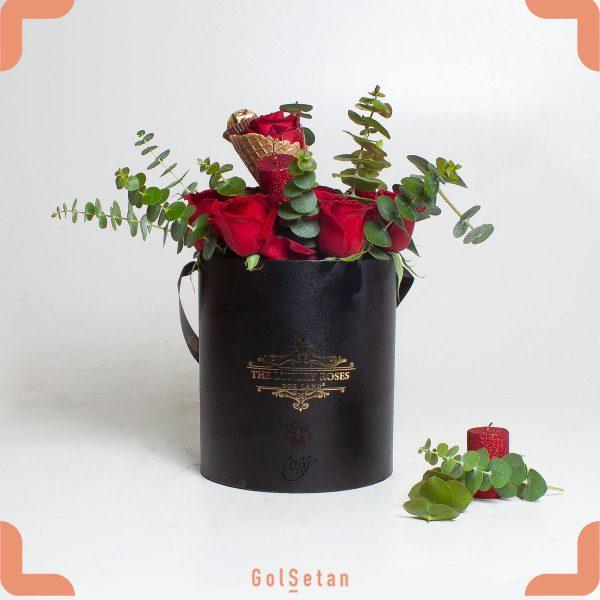 باکس گل رز و شکلات پیشکش به عزیزانتان