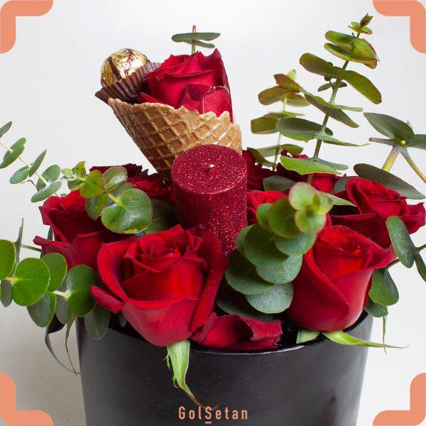 گل رز و شکلات هدیه ای خاص و عاشقانه